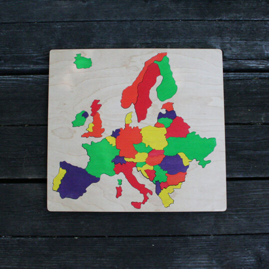 Europe wooden puzzle